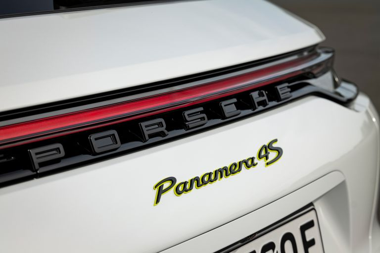 2021 Porsche Panamera 4S E-Hybrid Sport Turismo 597264
