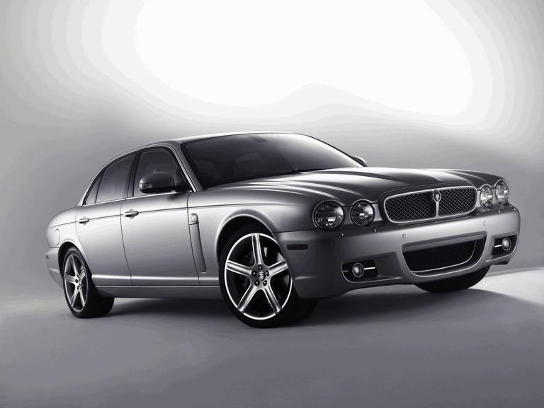 2008 Jaguar XJ8 UK version 229535