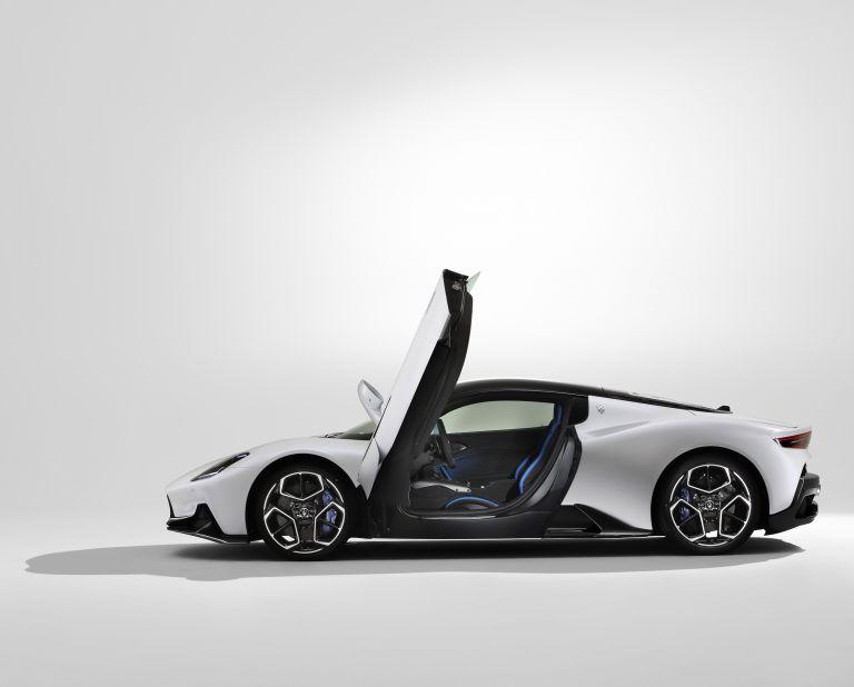 2021 Maserati MC20 597516