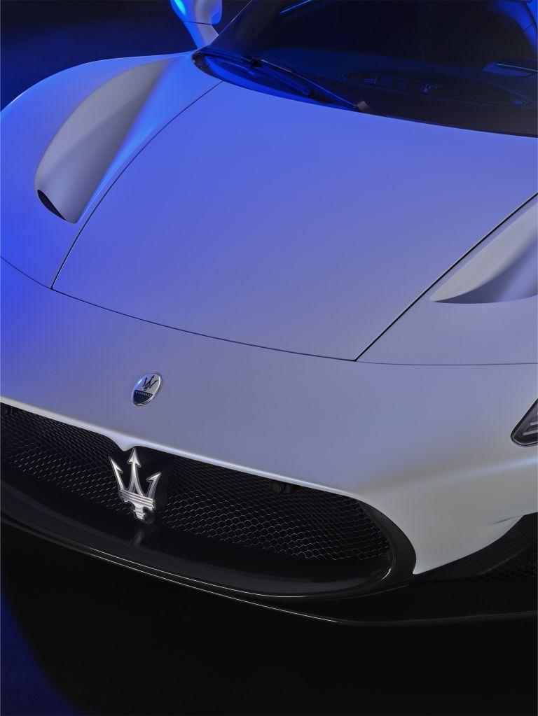 2021 Maserati MC20 597525