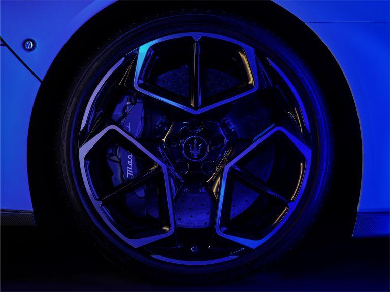 2021 Maserati MC20 597536