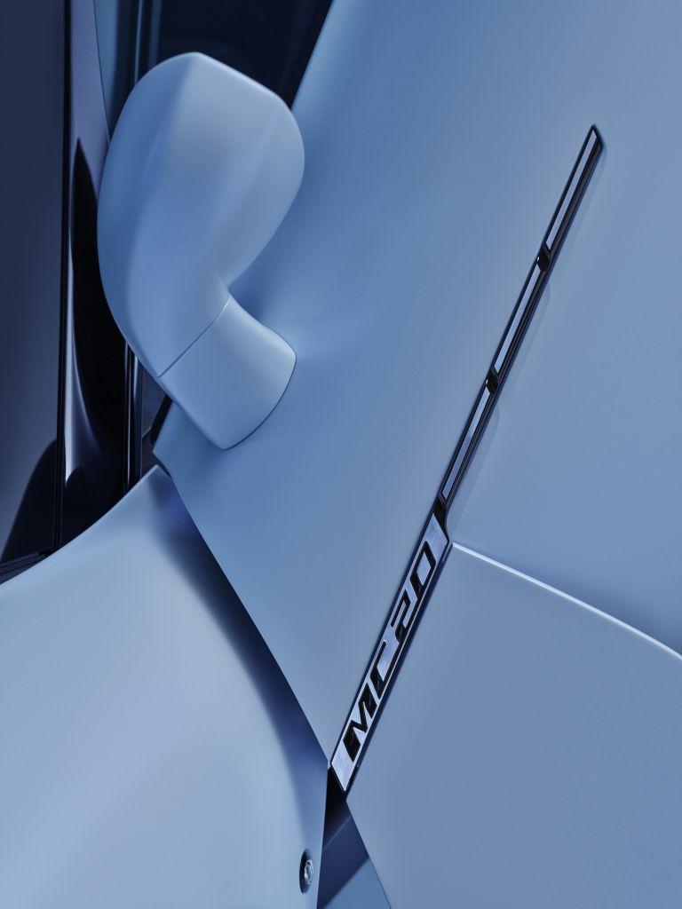 2021 Maserati MC20 597538
