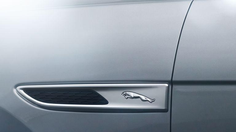 2021 Jaguar F-Pace 599792