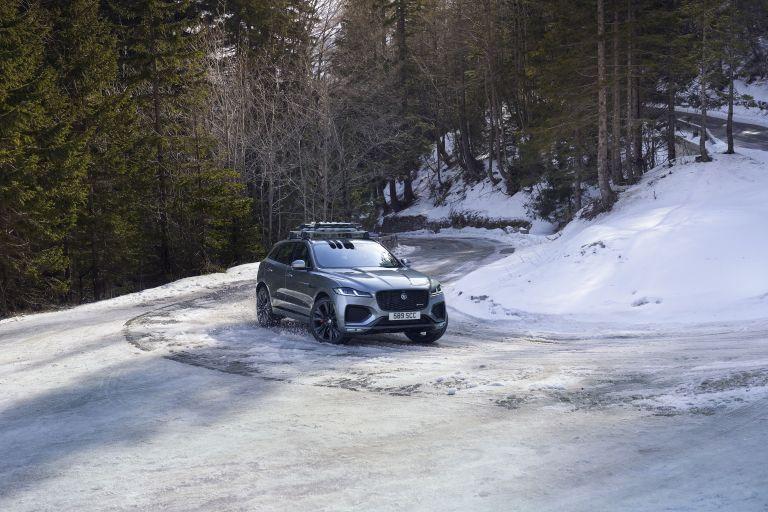 2021 Jaguar F-Pace 599824