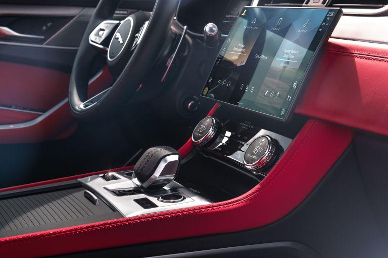 2021 Jaguar F-Pace 599845