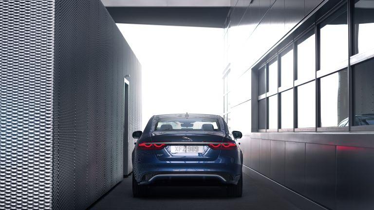 2021 Jaguar XF 604105