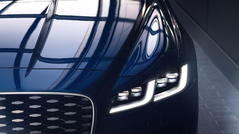 2021 Jaguar XF 604106