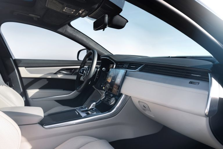 2021 Jaguar XF 604153