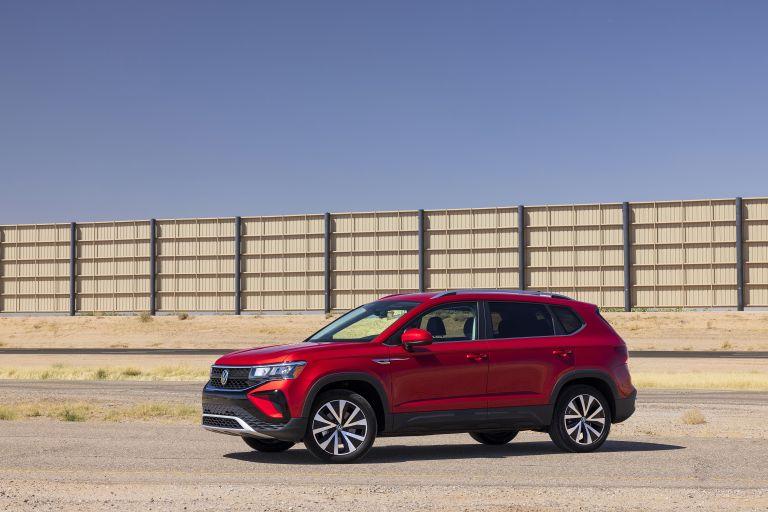 2022 Volkswagen Taos 629039