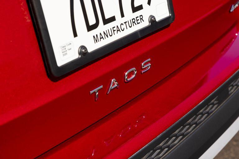 2022 Volkswagen Taos 629058