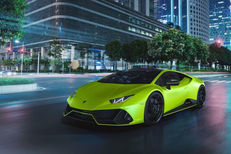 2021 Lamborghini Huracán EVO Fluo Capsule 608488
