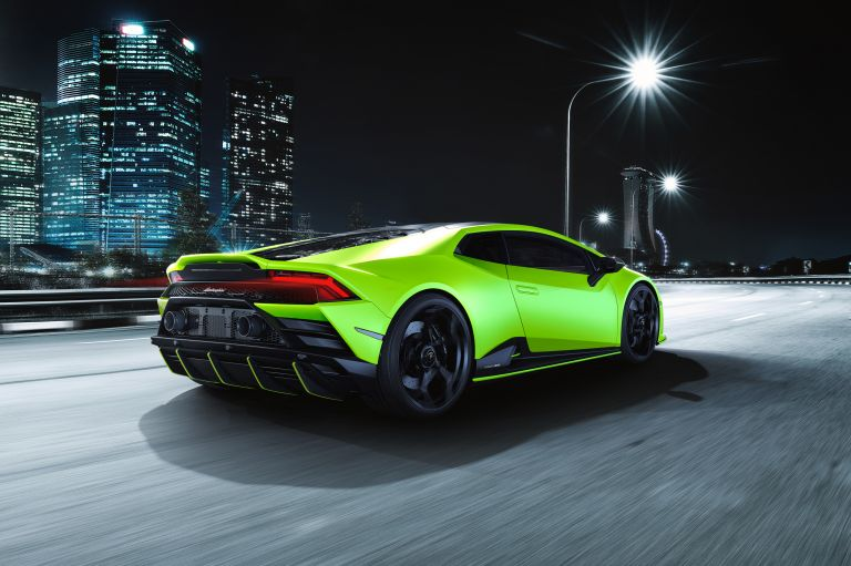 2021 Lamborghini Huracán EVO Fluo Capsule 608489