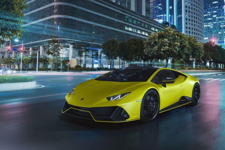 2021 Lamborghini Huracán EVO Fluo Capsule 608494