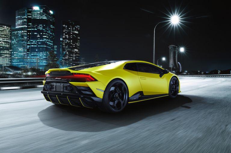 2021 Lamborghini Huracán EVO Fluo Capsule 608495