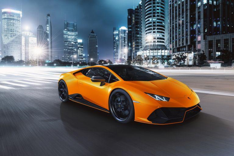 2021 Lamborghini Huracán EVO Fluo Capsule 608498