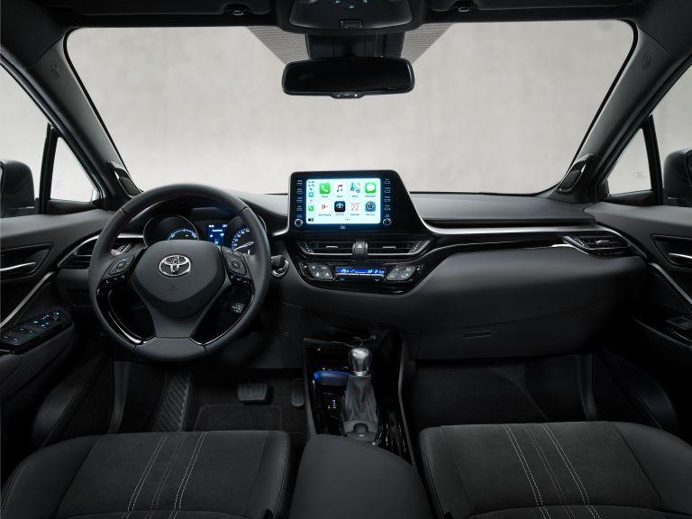 2021 Toyota C-HR GR Sport 608740