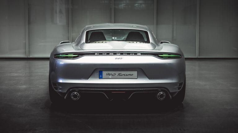 2016 Porsche Vision Turismo ( 960 ) 610831