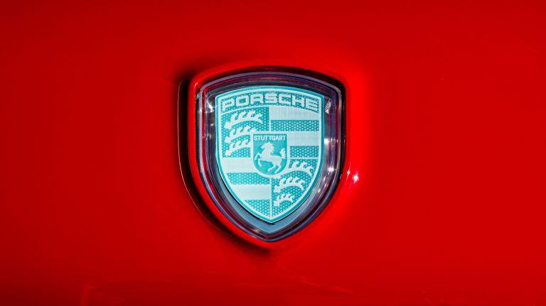 2020 Porsche Vision Renndienst 610892