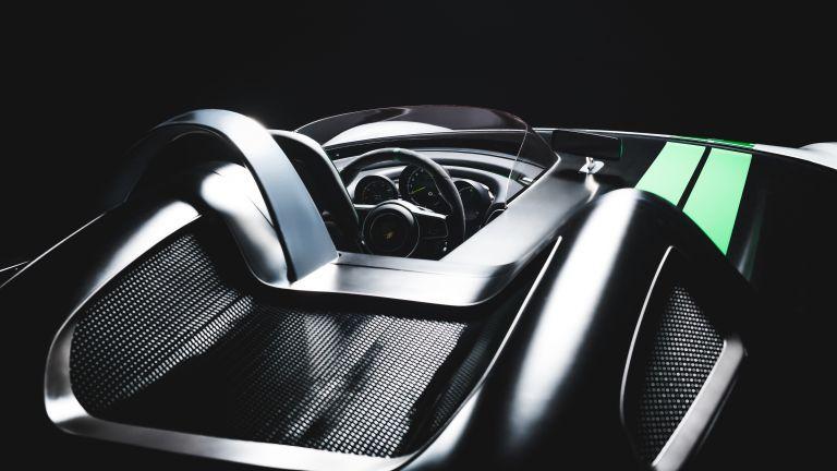 2014 Porsche Boxster Bergspyder 610995