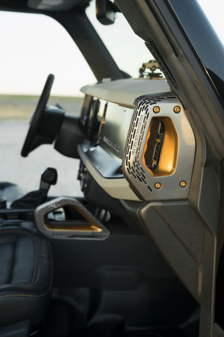 2020 Ford Bronco 2-door Badlands Sasquatch concept 611031