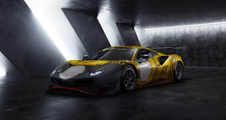 2021 Ferrari 488 GT Modificata 611164