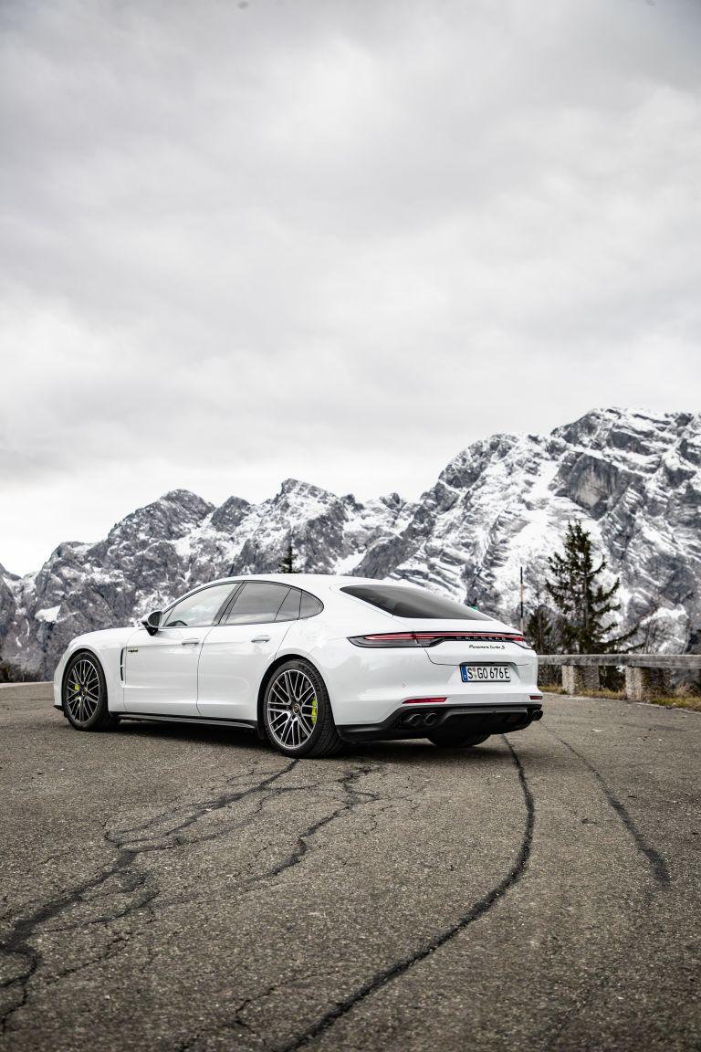 2021 Porsche Panamera Turbo S E-Hybrid 613455