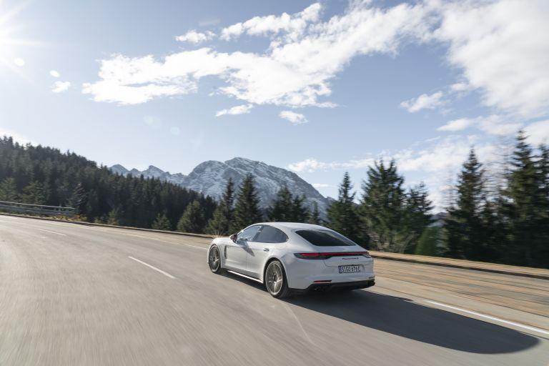 2021 Porsche Panamera Turbo S E-Hybrid 613468