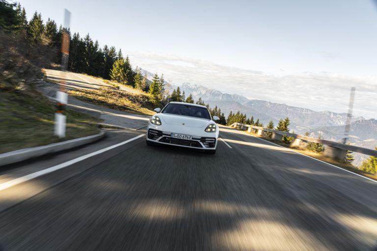 2021 Porsche Panamera Turbo S E-Hybrid 613473
