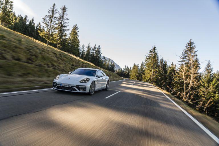 2021 Porsche Panamera Turbo S E-Hybrid 613478