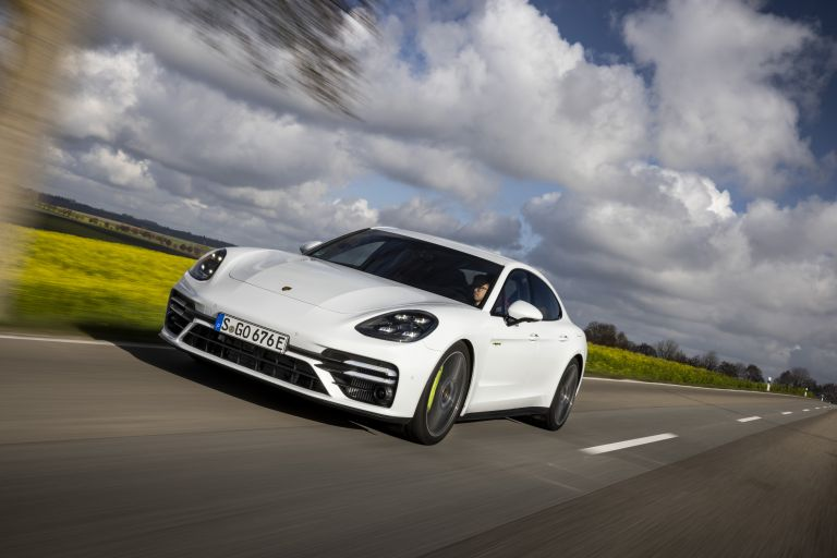 2021 Porsche Panamera Turbo S E-Hybrid 613481