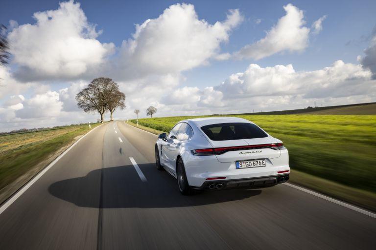 2021 Porsche Panamera Turbo S E-Hybrid 613482