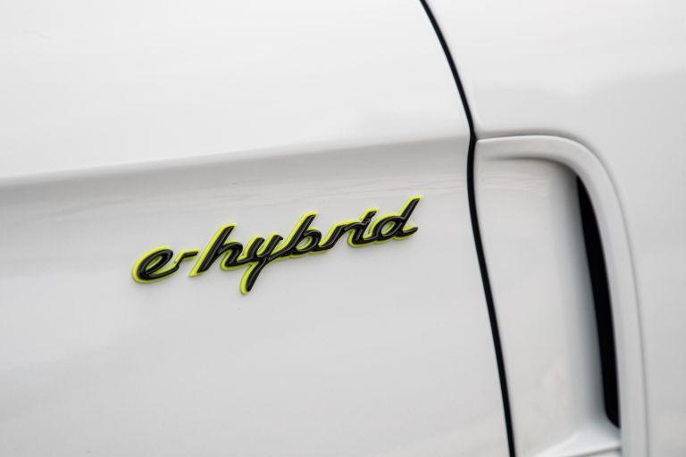 2021 Porsche Panamera Turbo S E-Hybrid 613495