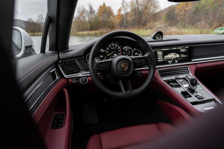 2021 Porsche Panamera Turbo S E-Hybrid 613502