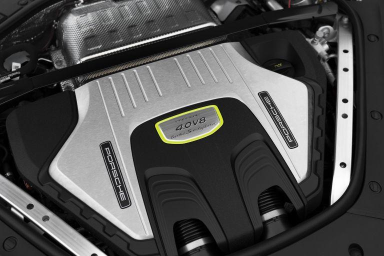 2021 Porsche Panamera Turbo S E-Hybrid 613510