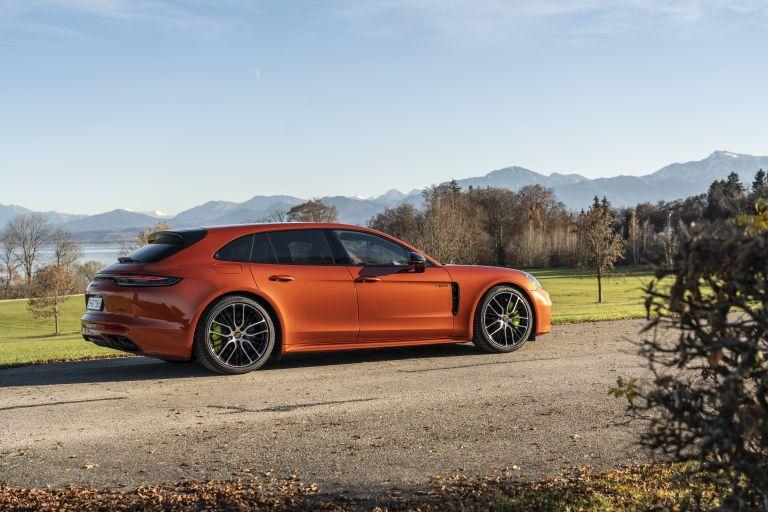 2021 Porsche Panamera 4 E-Hybrid Sport Turismo 613513