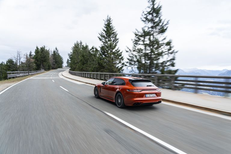 2021 Porsche Panamera 4 E-Hybrid Sport Turismo 613517