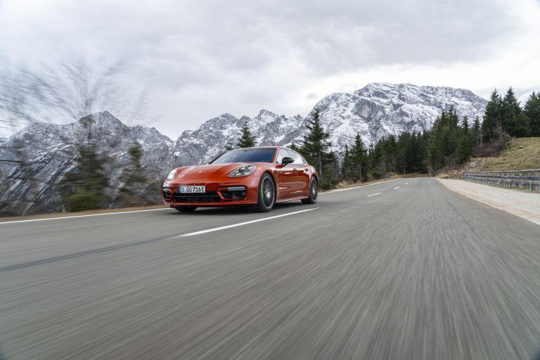 2021 Porsche Panamera 4 E-Hybrid Sport Turismo 613520