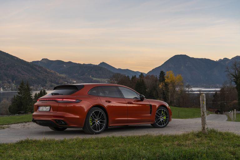 2021 Porsche Panamera 4 E-Hybrid Sport Turismo 613528