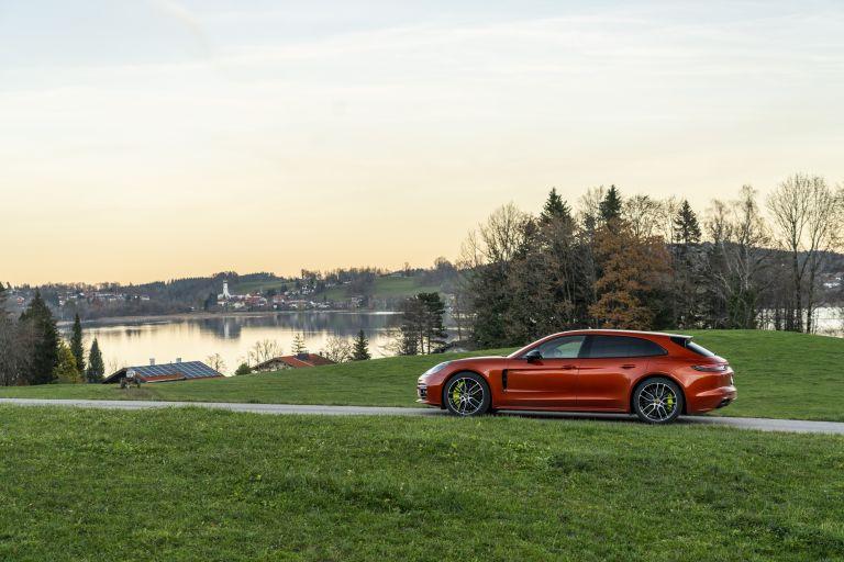 2021 Porsche Panamera 4 E-Hybrid Sport Turismo 613531