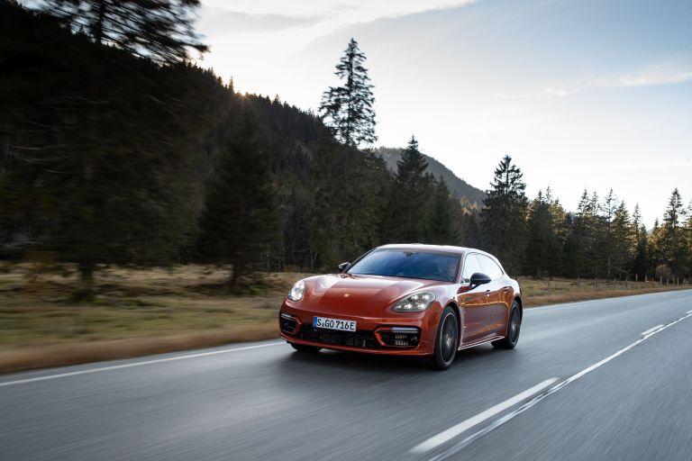 2021 Porsche Panamera 4 E-Hybrid Sport Turismo 613535