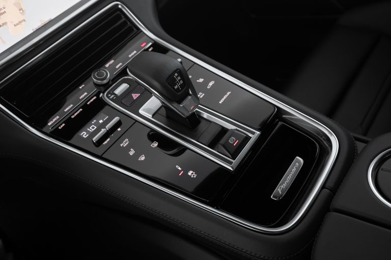 2021 Porsche Panamera 4 E-Hybrid Sport Turismo 613556