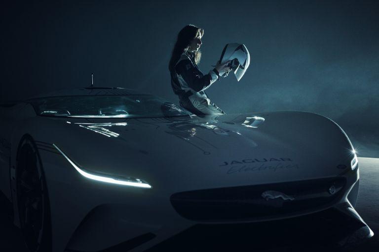 2021 Jaguar Vision Gran Turismo SV 614105