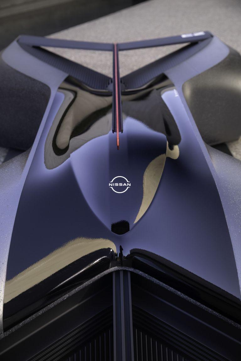 2020 Nissan GT-R X 2050 concept 614162