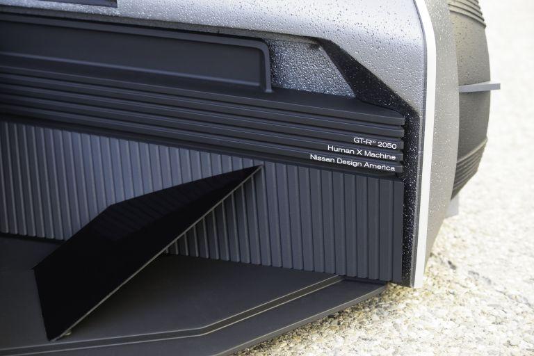 2020 Nissan GT-R X 2050 concept 614170