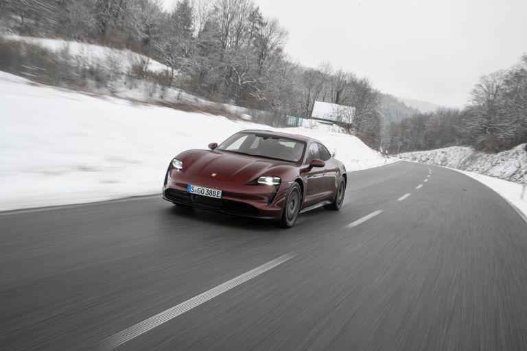 2021 Porsche Taycan 617240