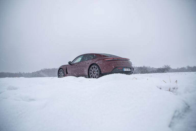 2021 Porsche Taycan 617260