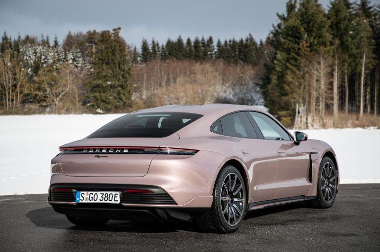 2021 Porsche Taycan 617325