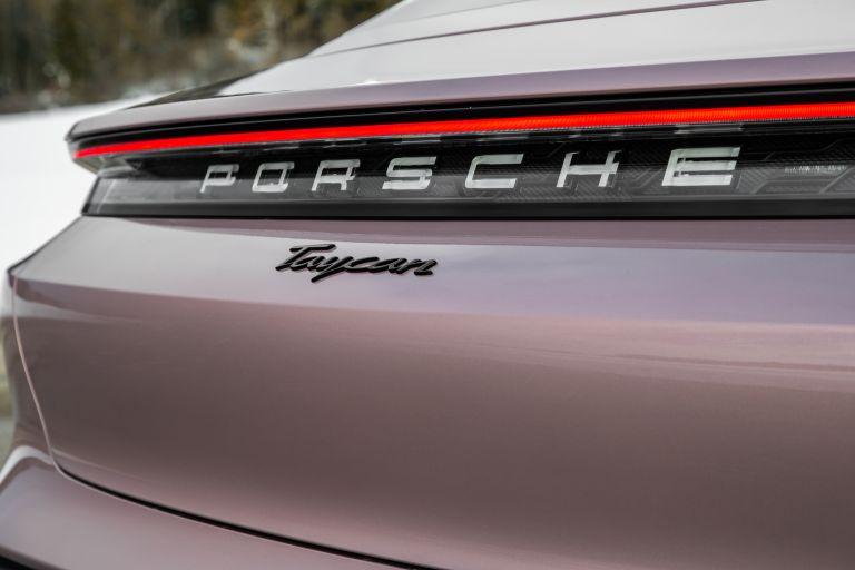 2021 Porsche Taycan 617340