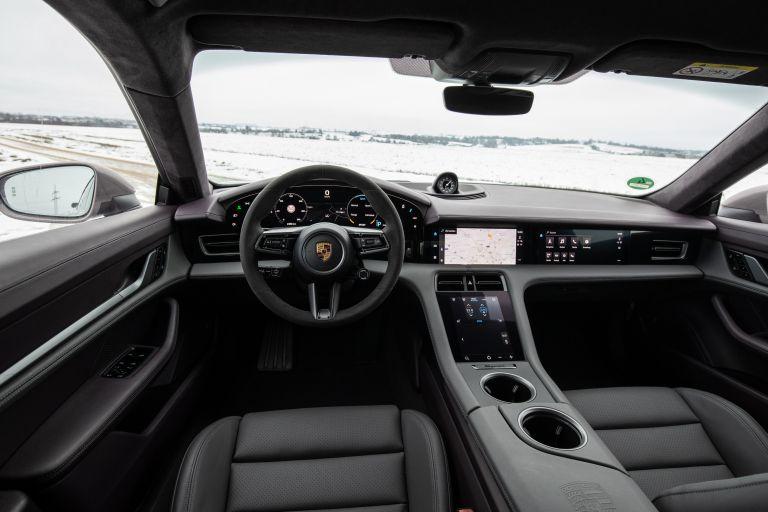 2021 Porsche Taycan 617345