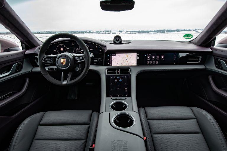2021 Porsche Taycan 617346